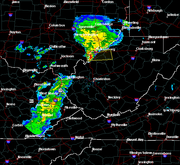 Radar Image for Severe Thunderstorms near Cairo, WV at 12/1/2018 10:40 PM EST