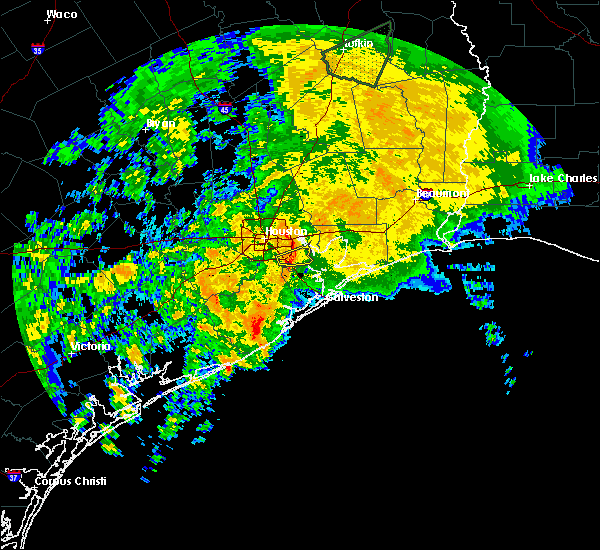 Radar Image for Severe Thunderstorms near San Leon, TX at 12/7/2018 10:08 PM CST