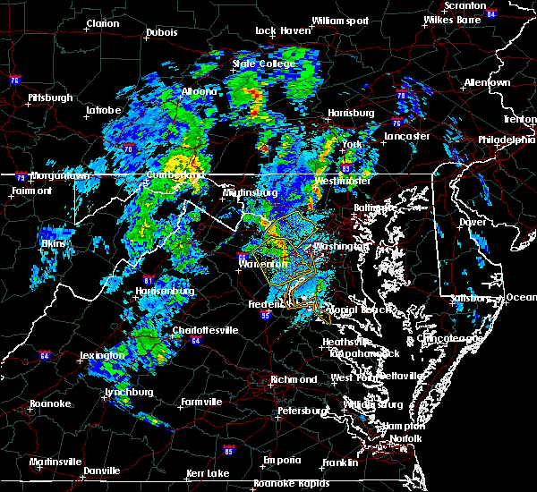 Radar Image for Severe Thunderstorms near Chantilly, VA at 12/21/2018 4:34 PM EST