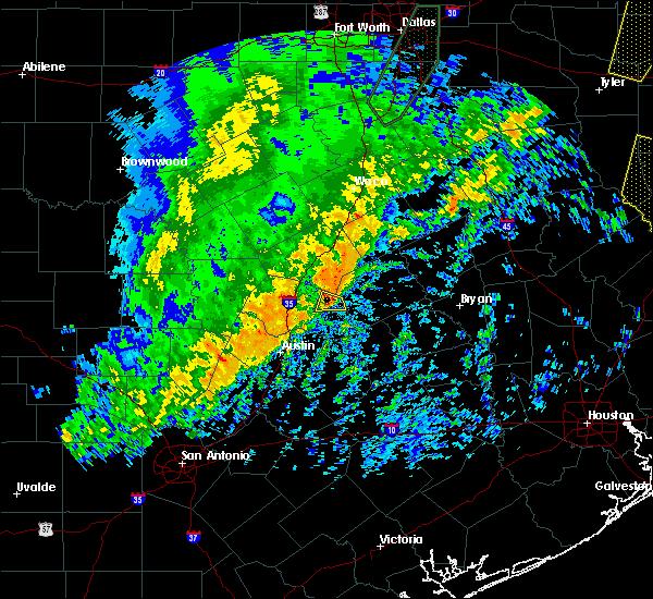 Radar Image for Severe Thunderstorms near Granger, TX at 12/26/2018 10:37 PM CST