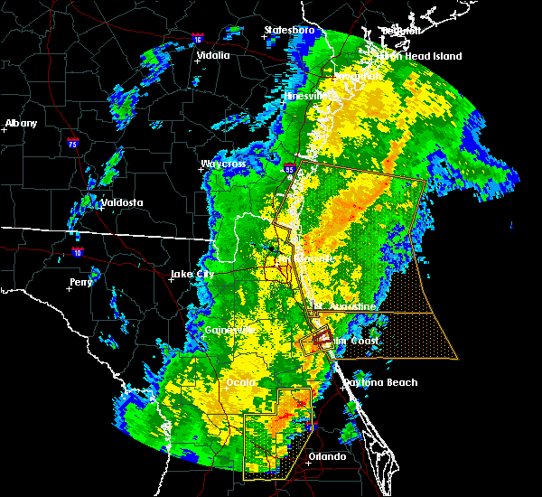 Radar Image for Severe Thunderstorms near Crescent Beach, FL at 1/24/2019 6:01 AM EST