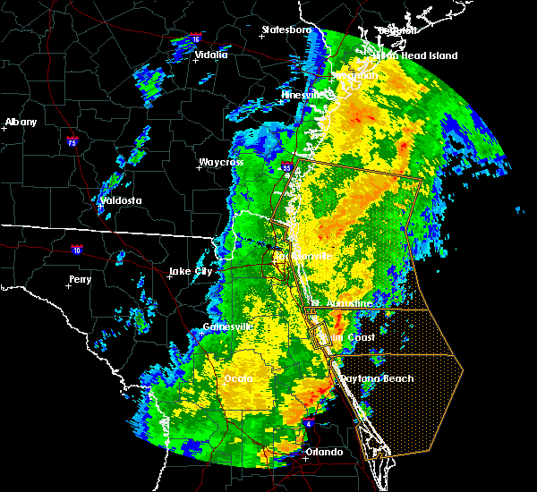 Radar Image for Severe Thunderstorms near Crescent Beach, FL at 1/24/2019 6:16 AM EST