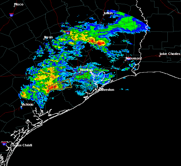 Radar Image for Severe Thunderstorms near Rosenberg, TX at 2/26/2019 5:02 PM CST