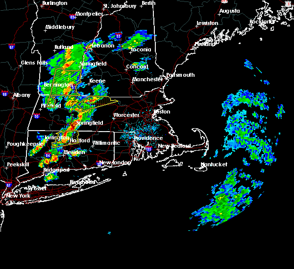 Radar Image for Severe Thunderstorms near Chicopee, MA at 6/9/2015 4:35 PM EDT