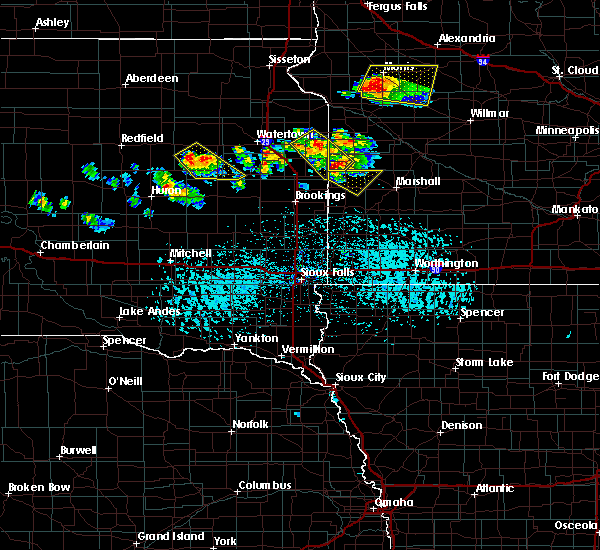 Radar Image for Severe Thunderstorms near Canby, MN at 6/9/2015 5:24 PM CDT