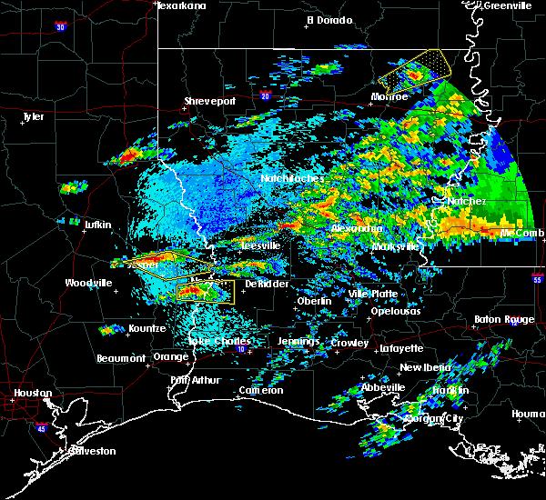 Radar Image for Severe Thunderstorms near Sam Rayburn, TX at 4/4/2019 5:25 PM CDT