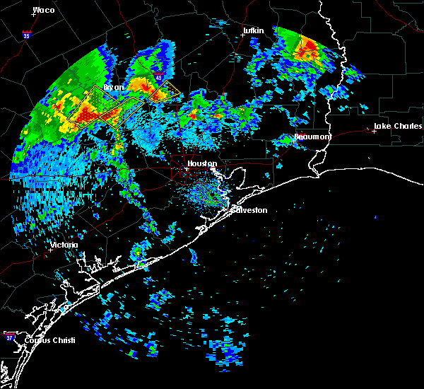 Radar Image for Severe Thunderstorms near Huntsville, TX at 4/6/2019 10:04 AM CDT