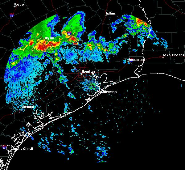 Radar Image for Severe Thunderstorms near Huntsville, TX at 4/6/2019 10:26 AM CDT