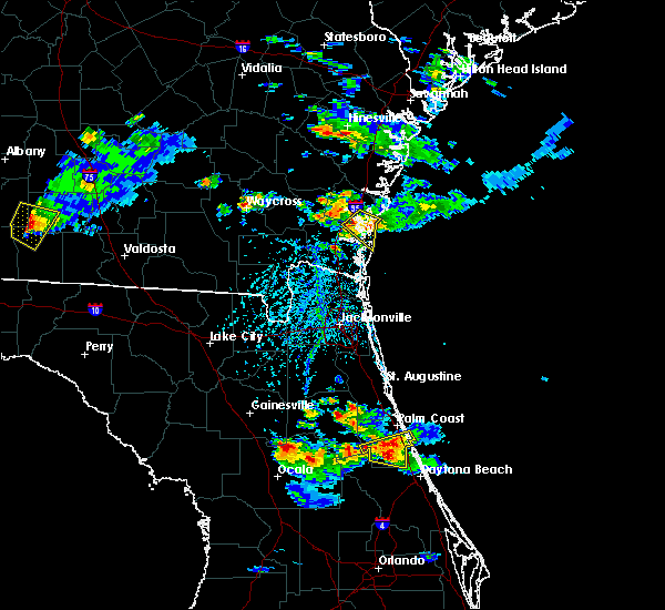 Radar Image for Severe Thunderstorms near Bunnell, FL at 4/6/2019 5:35 PM EDT