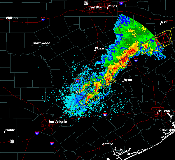 Radar Image for Severe Thunderstorms near Marquez, TX at 4/6/2019 4:36 PM CDT
