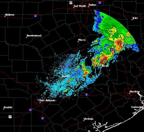 Radar Image for Severe Thunderstorms near Kurten, TX at 4/6/2019 5:46 PM CDT