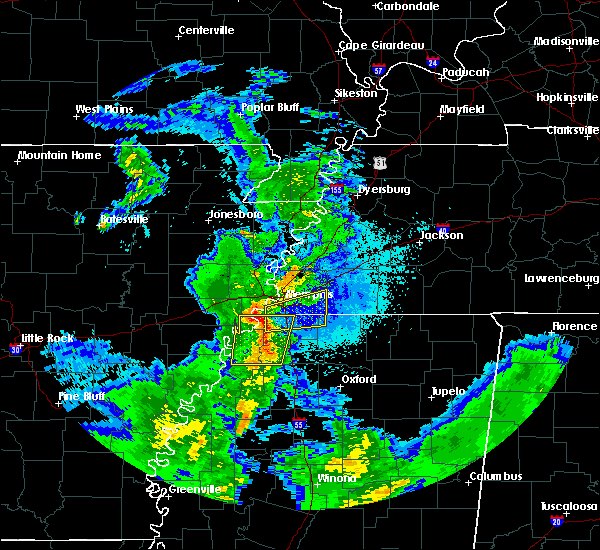 Radar Image for Severe Thunderstorms near Memphis, TN at 4/6/2019 9:02 PM CDT