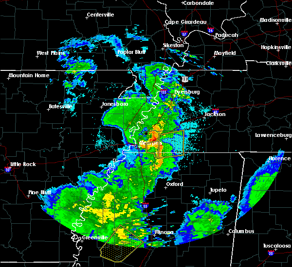 Radar Image for Severe Thunderstorms near Memphis, TN at 4/6/2019 9:39 PM CDT