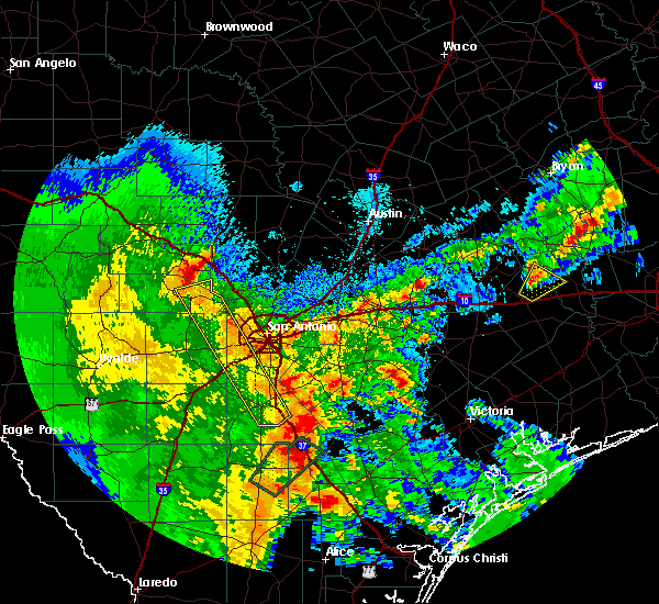 Radar Image for Severe Thunderstorms near Lake Medina Shores, TX at 4/7/2019 6:26 AM CDT
