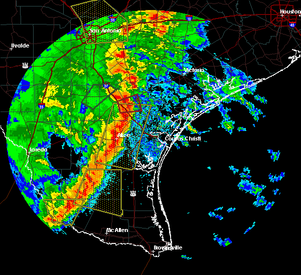 Radar Image for Severe Thunderstorms near Beeville, TX at 4/7/2019 7:21 AM CDT