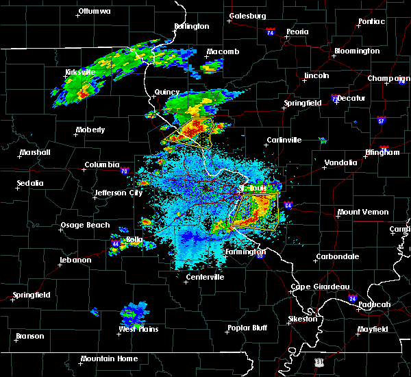 Radar Image for Severe Thunderstorms near Clarksville, MO at 4/7/2019 8:10 PM CDT