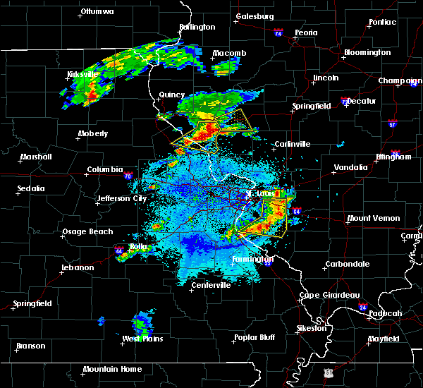 Radar Image for Severe Thunderstorms near Clarksville, MO at 4/7/2019 8:19 PM CDT