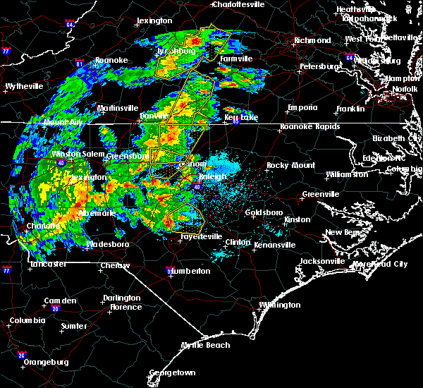 Radar Image for Severe Thunderstorms near Falcon, NC at 4/8/2019 5:25 PM EDT