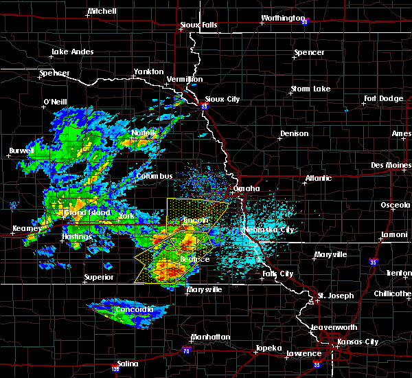 Radar Image for Severe Thunderstorms near Richfield, NE at 4/10/2019 9:08 PM CDT