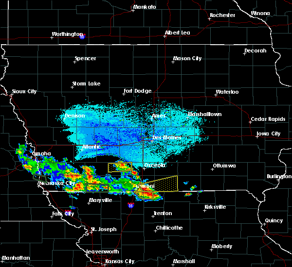 Radar Image for Severe Thunderstorms near Thayer, IA at 6/10/2015 6:29 PM CDT