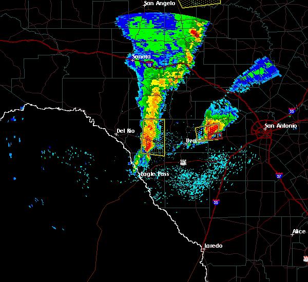 Radar Image for Severe Thunderstorms near Hondo, TX at 4/13/2019 8:13 AM CDT