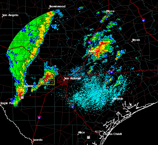 Radar Image for Severe Thunderstorms near Lakehills, TX at 4/13/2019 8:55 AM CDT