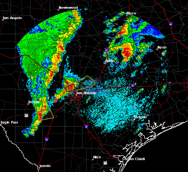 Radar Image for Severe Thunderstorms near Hollywood Park, TX at 4/13/2019 9:40 AM CDT
