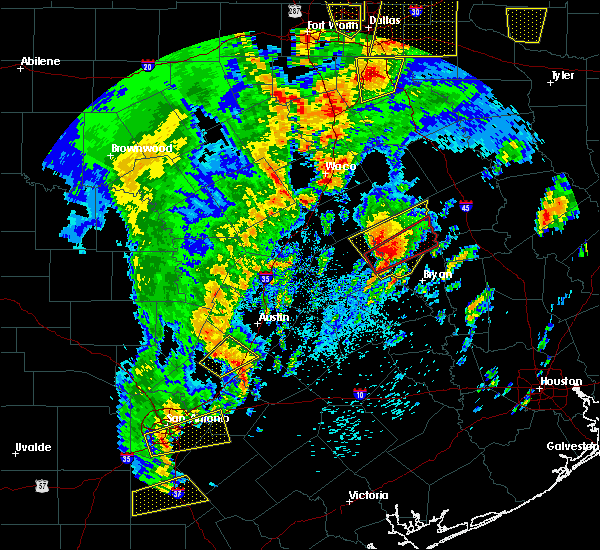 Radar Image for Severe Thunderstorms near Calvert, TX at 4/13/2019 10:56 AM CDT