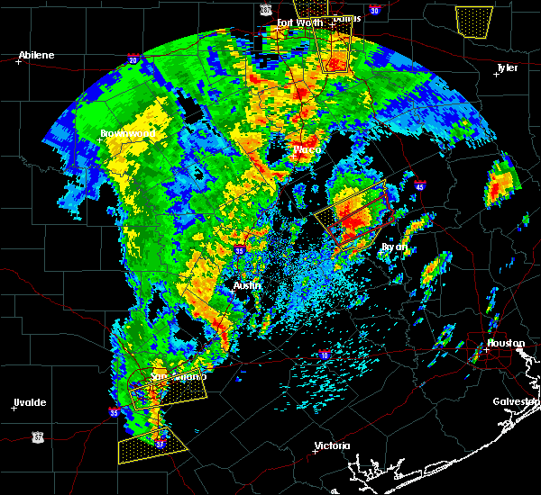 Radar Image for Severe Thunderstorms near Calvert, TX at 4/13/2019 11:05 AM CDT