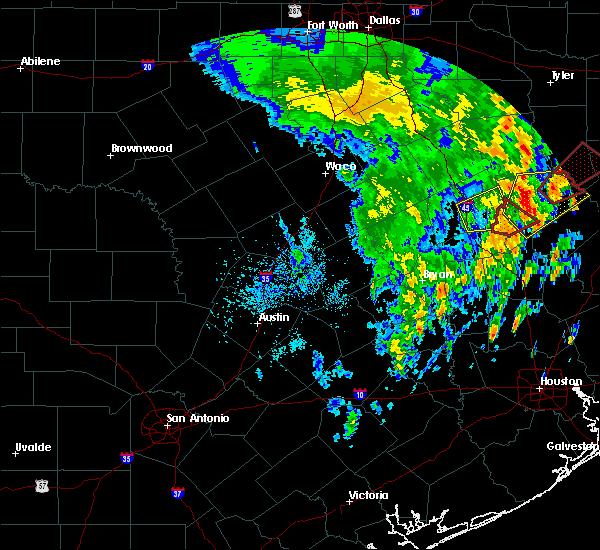 Radar Image for Severe Thunderstorms near Lovelady, TX at 4/13/2019 1:25 PM CDT