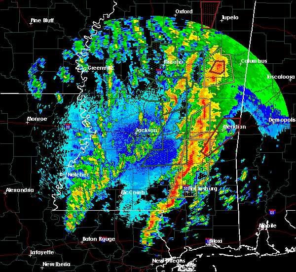 Radar Image for Severe Thunderstorms near Lauderdale, MS at 4/13/2019 10:26 PM CDT