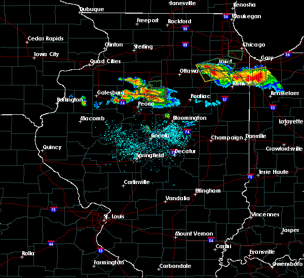 Radar Image for Severe Thunderstorms near Washburn, IL at 6/10/2015 7:58 PM CDT