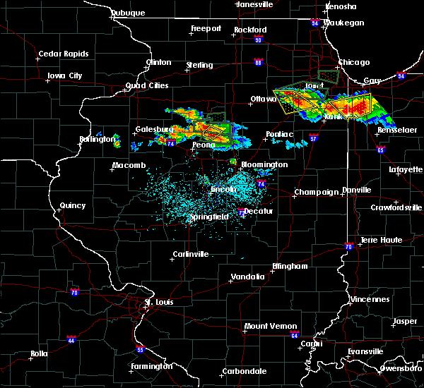 Radar Image for Severe Thunderstorms near Metamora, IL at 6/10/2015 7:58 PM CDT