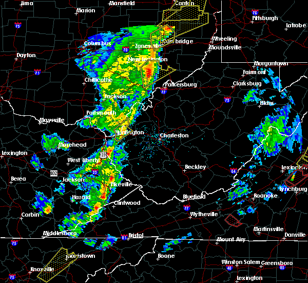 Radar Image for Severe Thunderstorms near Huntington, WV at 4/14/2019 6:04 PM EDT