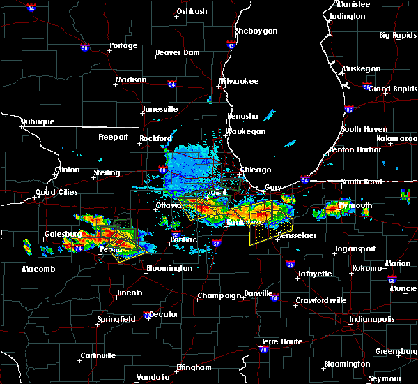 Radar Image for Severe Thunderstorms near Grant Park, IL at 6/10/2015 8:01 PM CDT