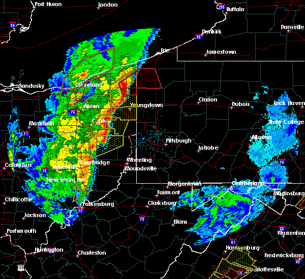Radar Image for Severe Thunderstorms near Cortland, OH at 4/14/2019 6:26 PM EDT