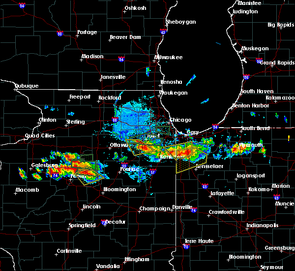 Radar Image for Severe Thunderstorms near Minooka, IL at 6/10/2015 8:17 PM CDT