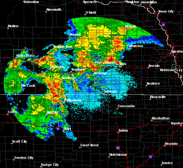Radar Image for Severe Thunderstorms near Grand Island, NE at 6/10/2015 8:28 PM CDT