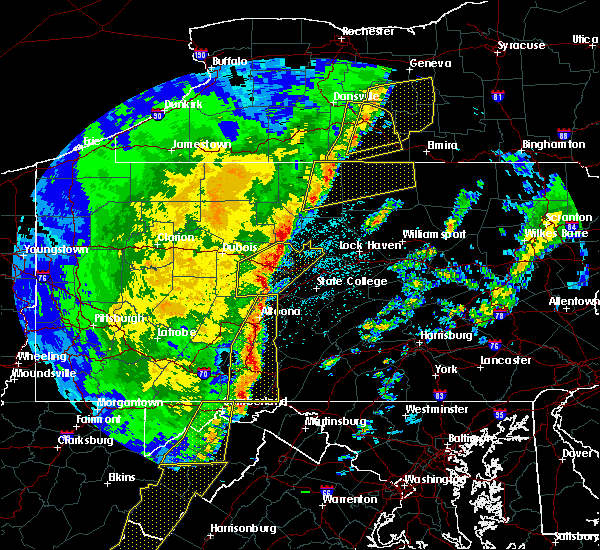 Radar Image for Severe Thunderstorms near Tyrone, PA at 4/14/2019 10:58 PM EDT