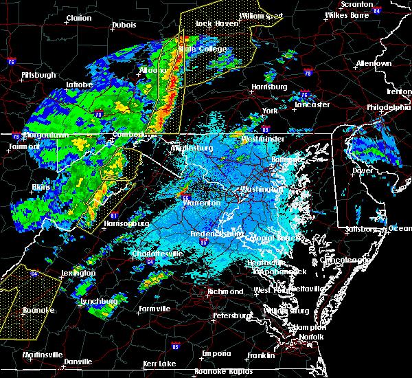 Radar Image for Severe Thunderstorms near Basye, VA at 4/14/2019 11:42 PM EDT