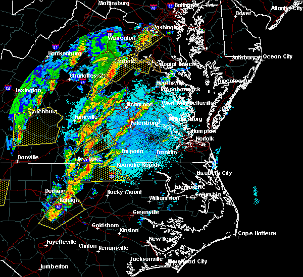 Radar Image for Severe Thunderstorms near Nottoway Court House, VA at 4/15/2019 1:20 AM EDT