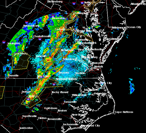 Radar Image for Severe Thunderstorms near Nottoway Court House, VA at 4/15/2019 1:36 AM EDT