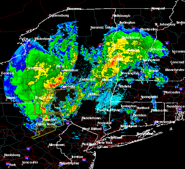 Radar Image for Severe Thunderstorms near Oakland, PA at 4/15/2019 2:04 AM EDT