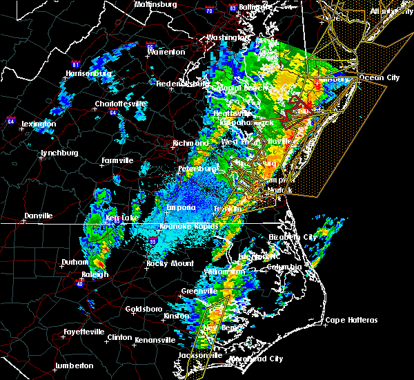 Radar Image for Severe Thunderstorms near Windsor, VA at 4/15/2019 4:08 AM EDT