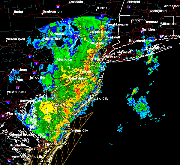 Radar Image for Severe Thunderstorms near Fanwood, NJ at 4/15/2019 4:14 AM EDT