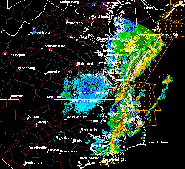 Radar Image for Severe Thunderstorms near Portsmouth, VA at 4/15/2019 4:50 AM EDT