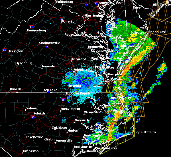 Radar Image for Severe Thunderstorms near Virginia Beach, VA at 4/15/2019 5:06 AM EDT