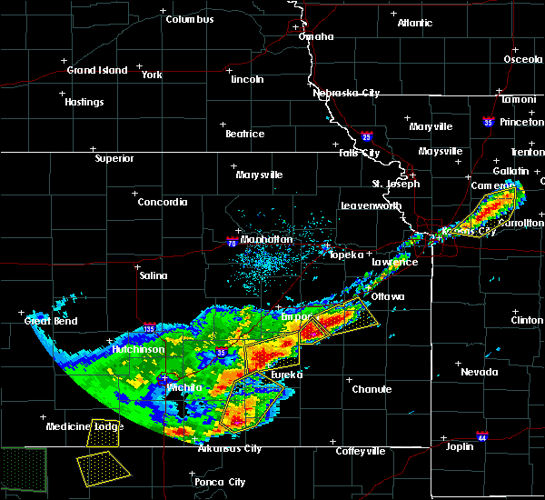 Radar Image for Severe Thunderstorms near Hamilton, KS at 4/17/2019 8:33 PM CDT