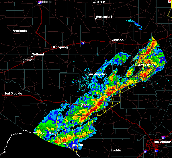 Radar Image for Severe Thunderstorms near Menard, TX at 4/17/2019 8:34 PM CDT