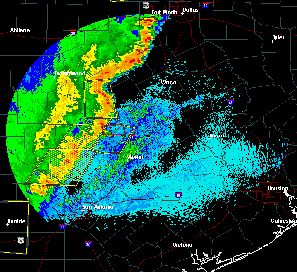 Radar Image for Severe Thunderstorms near Florence, TX at 4/17/2019 11:09 PM CDT